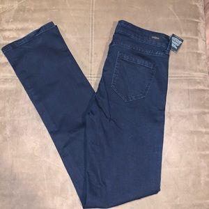 NWT Liverpool Sadie Straight Jeans Size 6/28